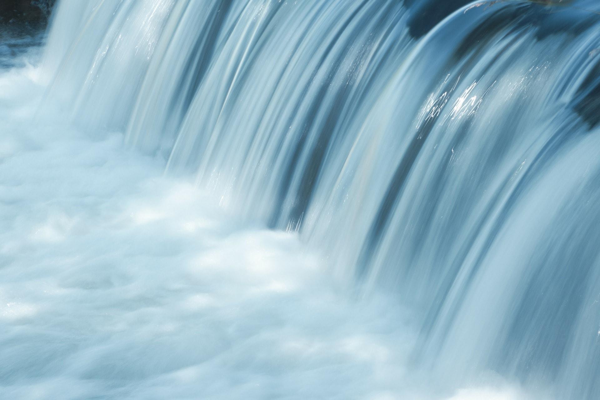 Whirlpool kaufen Hintergrund
